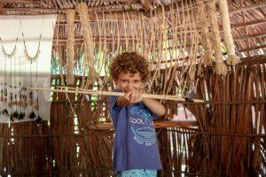 Aldeia indígena e artesanato do pagé Antônio