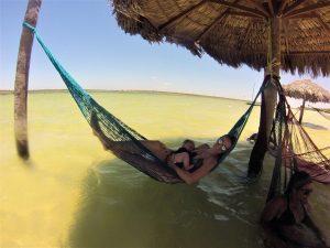 Amamentando na Lagoa Paraíso, Jericoacoara