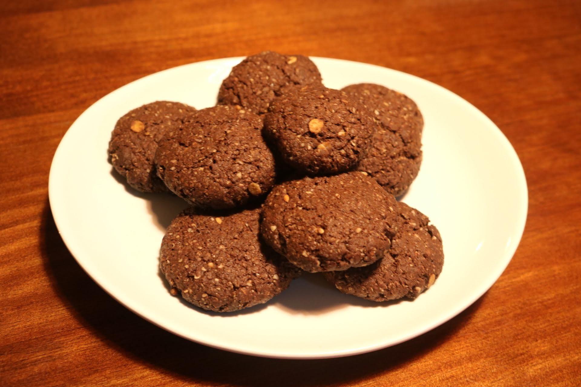 Biscoitos cookies integrais de cacau
